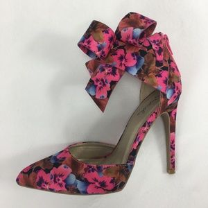 QUPID heels - ankle cuff with bow